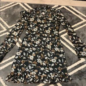 Black white  tan floral long sleeve ruffle dress